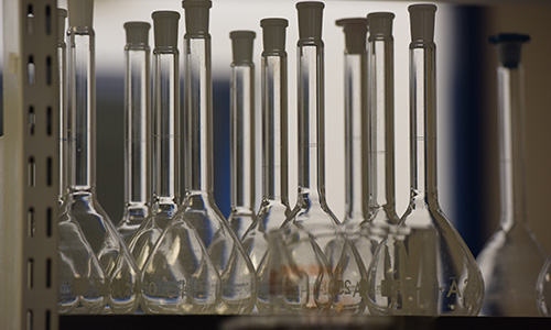 Volumetric flasks in the EPP synthesis lab