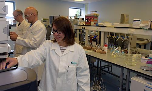 在EPP的GLP分析实验室工作