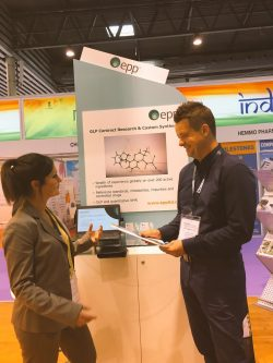 Photo of Lorna Kennedy, EPP's R&D and SSM Manager, talking to contact at CPhI Worldwide 2016 in Barcelona